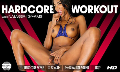Natassia Dreams – Hardcore Workout